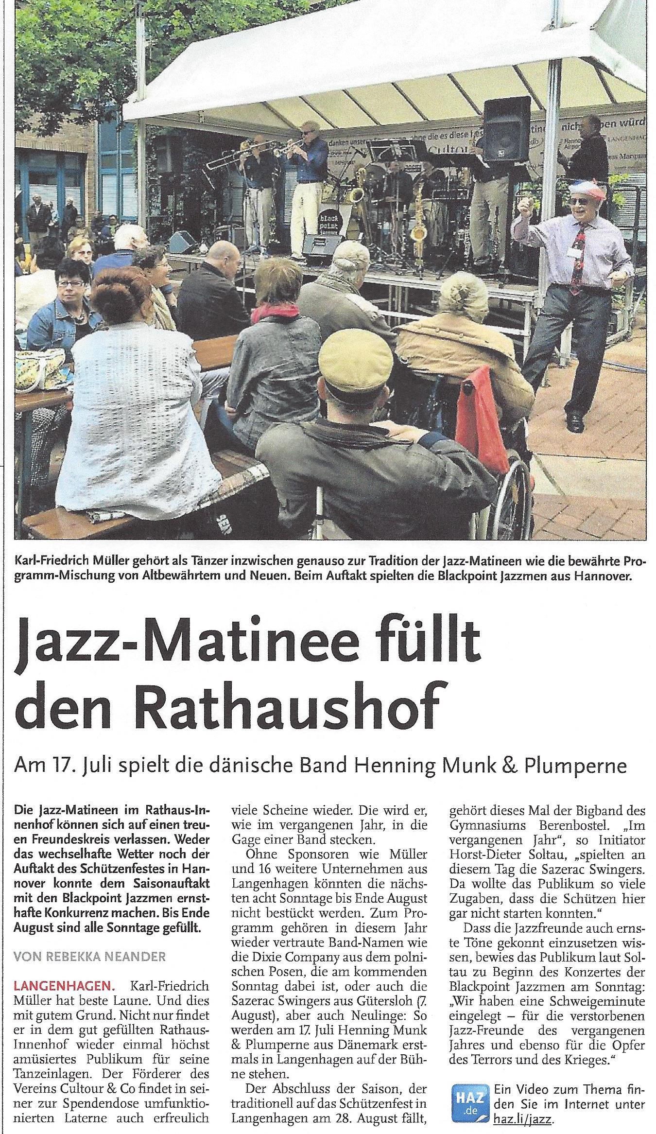 Jazz-Matinee füllt den Rathaushof